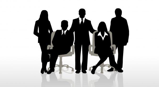 Thành viên hội đồng quản trị có bắt buộc phải là cổ đông?